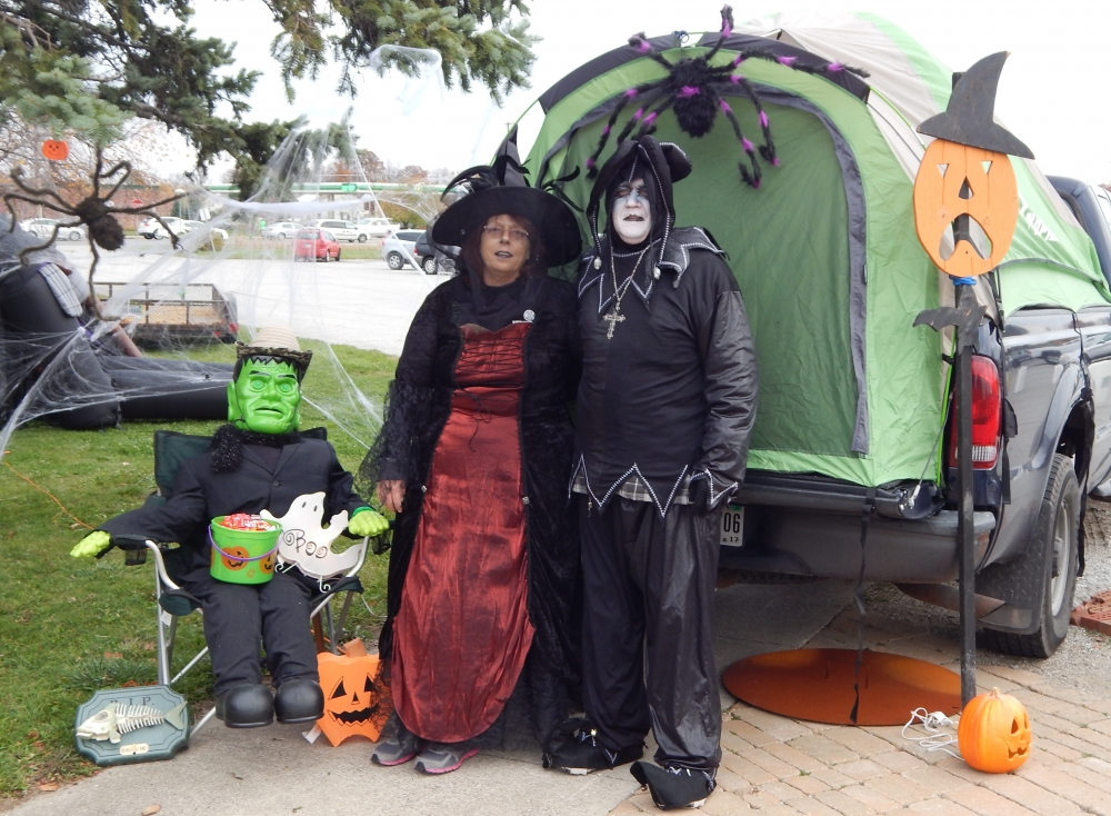 byron health center to host trunk o treat event tomorrow ne indiana fort wayne news. Black Bedroom Furniture Sets. Home Design Ideas